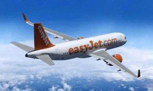 easyJet Avión